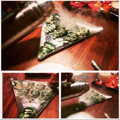 OHMYGOD Paanmousse Spiceklub Awesomefood liquidnitrogen vegplace lovethevariousexperiments worththewait