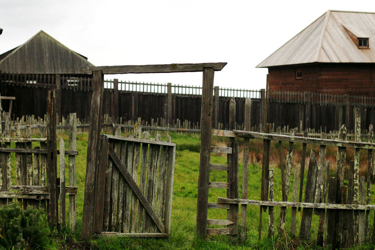 California Coast Wooden Fence Fence Fort Ross Garden Old Wooden Fence Outdoors Wood - Material Wooden Post