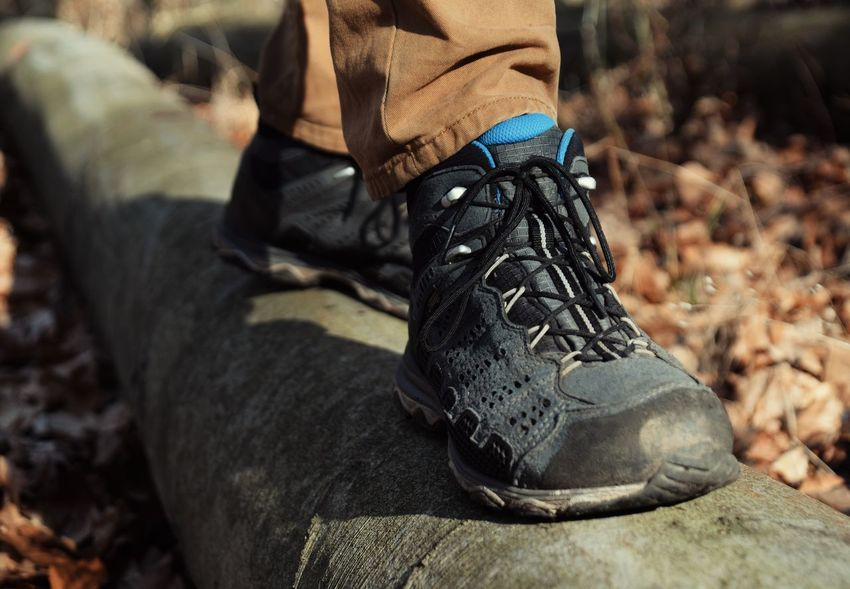 50 Hiking Boot Pictures Hd Download Authentic Images On Eyeem
