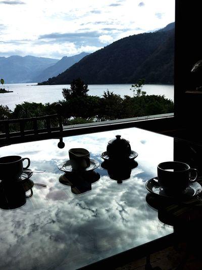 Coffee break on the lake