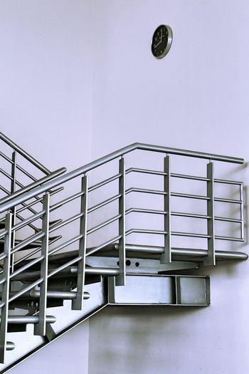 Interior Design Interior Decorating Crome  Stairdesign Stairs_collection Modern Architecture Modernarchitecture Clock