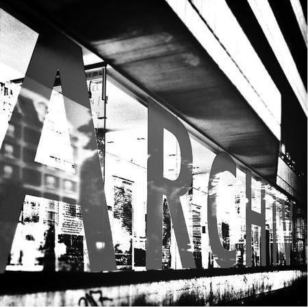 Reflection City Blackandwhite Frame It!