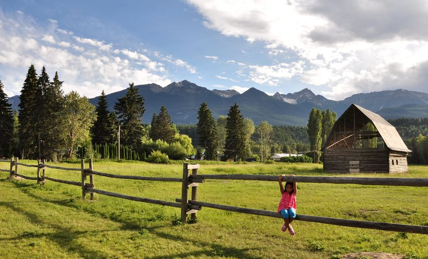Soaking in these beautiful nature view. 👧🏻🇨🇦🏔️⛰️🏞️🍀☘️🌿🌳🍃🍁🍂 Amazing Mountains And Sky Mountain View Rockmountain EyeEmNewHere Photography Goodday Beautiful Nature Mountains Ilovephotography Daughter Snowcapped Mountain Canada Photos Beauty In Nature Sunset Sunset_collection Landscape Enjoying The View ExploreEverything Rockymountains Full Length Tree Childhood Sky Grass Outdoor Play Equipment Playground Fence Chainlink Fence Swing