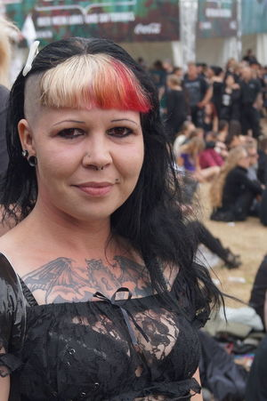 Close-up Day Goth Gothic Style Lifestyles Looking At Camera Mera Luna Festival Outdoors Portrait Real People Smiling Standing
