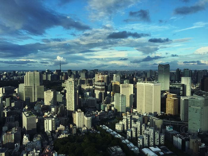 It's amazing how every place has its beauty, its uniqueness - Tokyo, Japan Urban City Skyline Tokyo 東京 日本 일본 도쿄 Japan Amazing