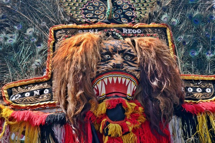 Reog Ponorogo In Indonesia . Art Reog Ponorogo Art And Craft Ornate Human Representation Multi Colored Tradition Arts Culture And Entertainment Statue Religion No People Spirituality Sculpture Day Outdoors Close-up The Week On EyeEm