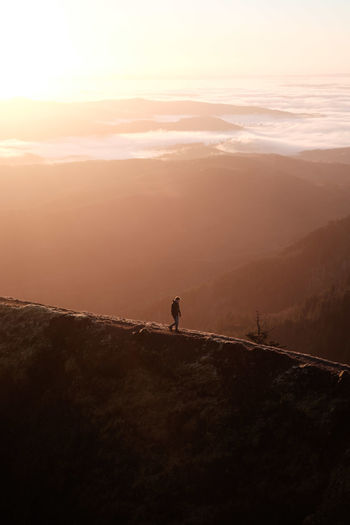 Giddy Up (Find meon IG @noeldxng) Sunset Silhouette Adult Outdoors Landscape Scenics Nature Beauty In Nature Adventure One Man Only Oregon Travel Destinations The Week On EyeEm Be. Ready. Perspectives On Nature Columbia River Gorge Mountain Range Nature Travel Go Higher