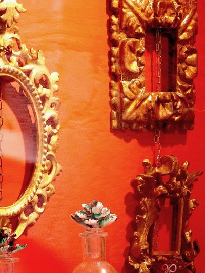 look inside Antiquities Architecture Baroque Style Close-up Day Framework Gold Gold Colored Illuminated Indoors  No People Orange Color Red Shop Window Shop Window Reflection Still Life Venice, Italy