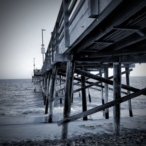 Beach Sea Built Structure Water Travel Destinations Outdoors No People Horizon Over Water Scenics Blackandwhite Black And White Black And White Photography Blckandwhite B&w Black & White Los Angeles Life