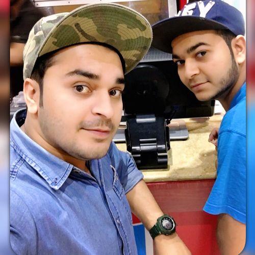 Taking Photos Model Hello World Enjoying Life That's Me Hi! JustMe Pakistan Me&bro Shopping