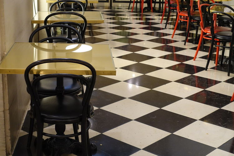 A diner with tables and chairs. Cafe Coffee Time Coffeetime Dine Diner Eatery EatOut Feeling Hungry Restaurant Timetoeat