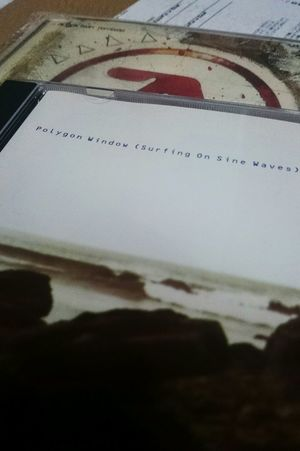 Aphextwinとは別名義のCDもありすぎて集めるのが大変(汗) Aphex Twin Techno Music Electronic Music Listening To Music Enjoy Music Enjoying Life Enjoy ✌