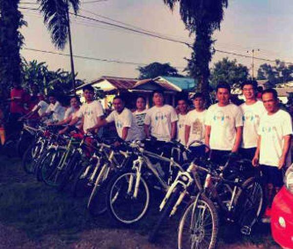 Partisipasi komunitas sepeda Sosok pada acara ulang tahun telkomsel ke -7