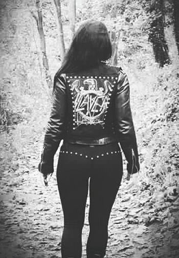 """There's no future, the world is dead so save the last bullet for your head"" Slayer Slayer \m/ SLAYER!!!!!! Metalhead Metalheadgirl MetalHeads_everywhere Leather Leather Jacket Diy Project Studs Studs & Spikes"