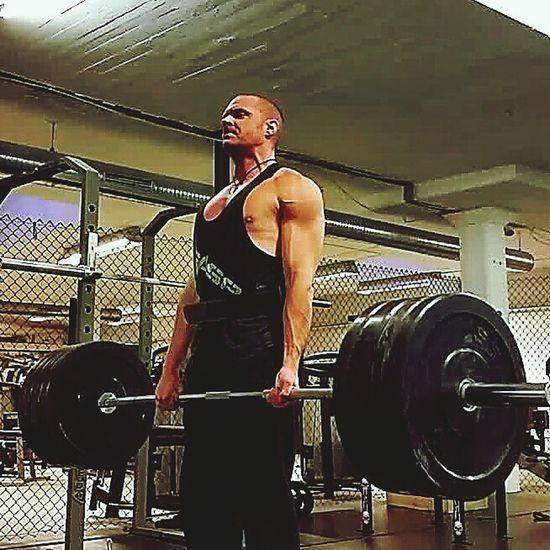 Deadlifts - One of the best excercises to get the muscles start growing fast and almost every muscle activates all over. Getbigorgohome That's Me Deadlifts Sculpting A Perfect Body