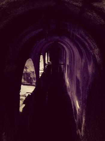 Water Hall Spooky Atmosphere Shadows & Lights Hallway Water Drops