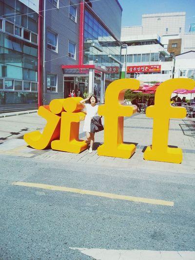 jiff Enjoying Life