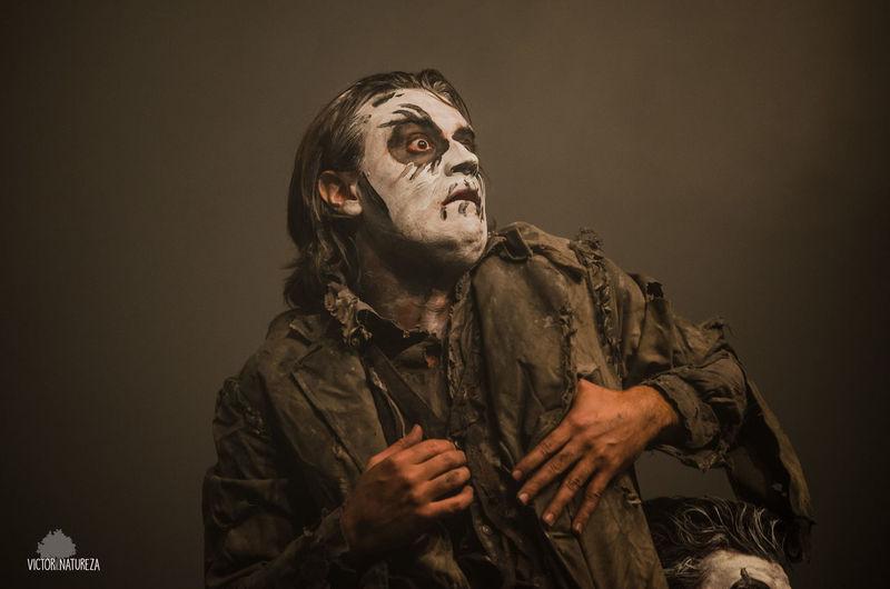 Ciadedois Resistencia Cultura Arte Teatro Luzparateatro Tecnicadeluz Sombra Luzdepalco Luz Halloween Astronomy Spooky Stage Costume Horror Film Industry Clown