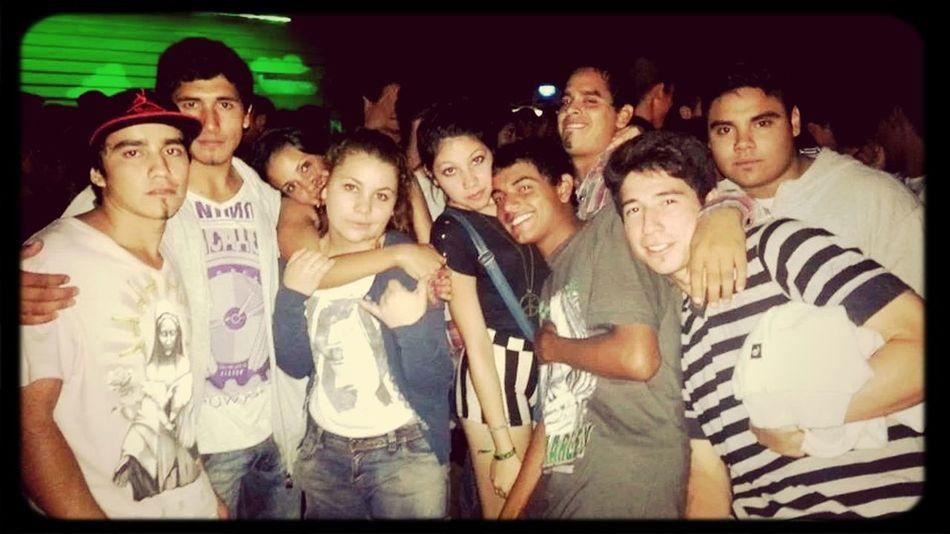 Looos quiero mucho ~ Amigosenlasmalas;)