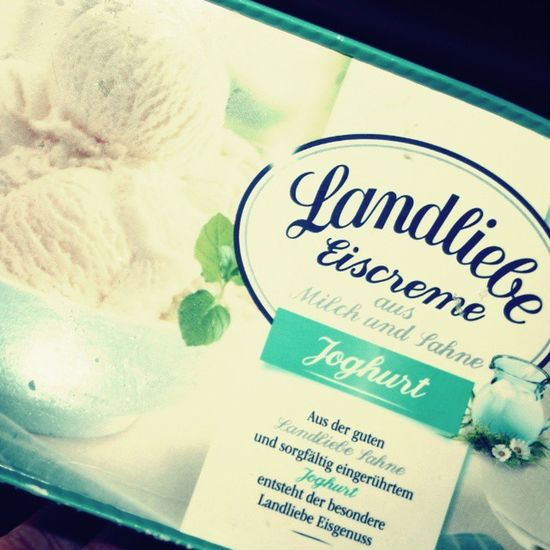 Landliebe Icecream Joghurt Ice Hot Summer Enjoy Sun Love Summeriscoming Love Instadaily Instamood Like4like F4F Instalike Beautiful Memories Followme