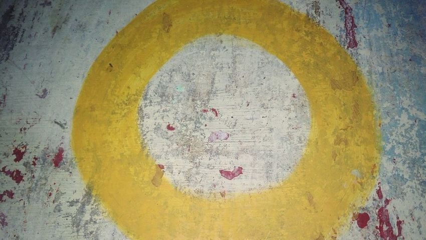 Yellow Multi Colored Paint No People Outdoors Close-up Paint The Town Yellow Number Letter Zero Letter O O Huaweiphotography Eyeem Market Ionita Veronica Veronica Ionita Wolfzuachiv WOLFZUACHiV Photos On Market Huawei Photography WOLFZUACHiV Photography Weathered Painted Image Paint 0