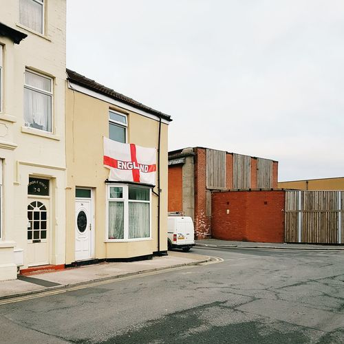 White van and England flag. Built Structure Building Exterior No People Outdoors Day Blackpool Quiet Moment Empty Space Suburban Landscape White Van Man White Van England🇬🇧 England Flag Urban Landscape Urban Photography Urban Life Suburban Exploration Brexit