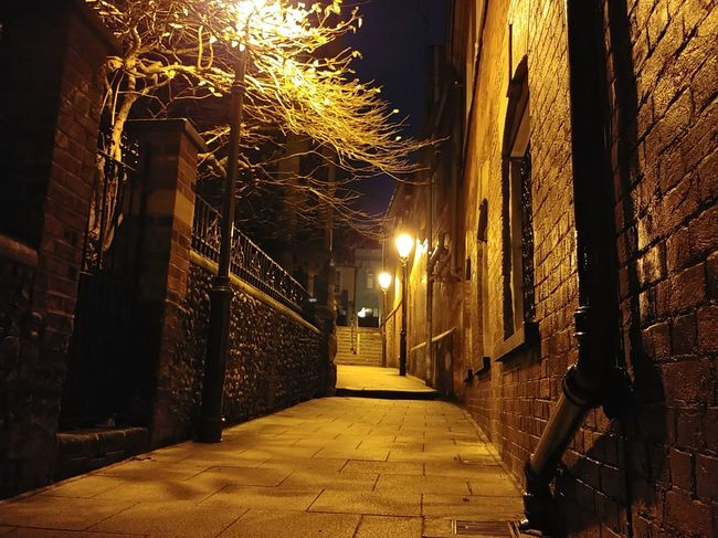 Late Night Spooky Atmosphere LG V30 City Illuminated Alley Cobblestone Street Light Old Town Historic Lamp Post Pavement