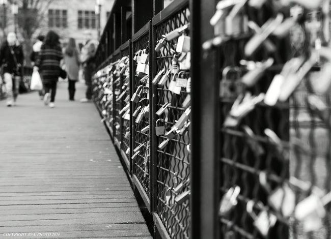 No Edit, No Filter, Just Photography Taking Photos Zurique Zürich Nikon Cityscape Outdoors Switzerland Nikond750 JO-LPHOTO Nikonphotography EyeEm Best Shots Blackandwhite Black & White People Bridge