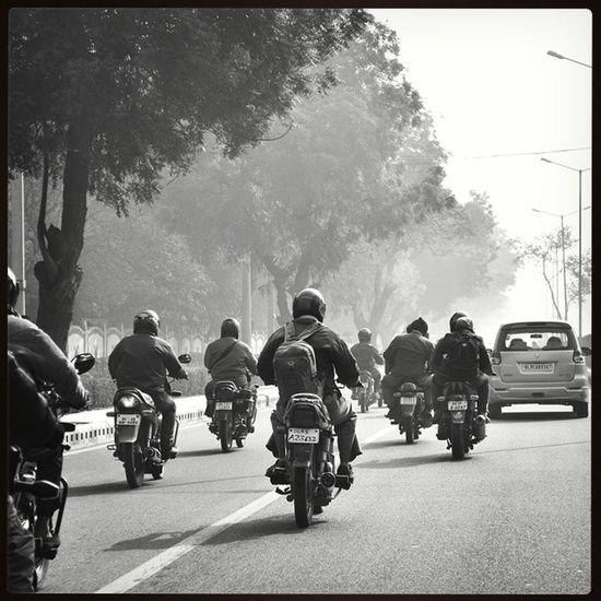 "Bnw100 84 .. Thestory_bnw100 84 .. Duniya ka naara, ""jame raho!"" Manzil ka ishara, ""jame raho!"" .. bikers exploring traveldiaries travelogue delhi delhigram delhidiaries dillimerijaan ourdelhi IG_DELHI delhistreets streetphotography igers_india blackandwhite monochrome pocket_bnw pocket_streetlife bnw_captures bnw arpitmishraphotography nikon indianphotographers delhistreets igphotography vsco vscocam jj_forum_1206 ig_addicts_1.."