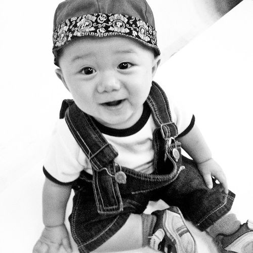 hallo!! Baby Boy Bw Blackandwhite bwIndonesia indonesia insta_kaskus iphonegraphy smartphonegraphy selfie rockn_ride rockandride
