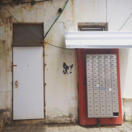 Jaffa Jaffa Port Woof Woof Graffiti Wall Art Lockers Street Photography TakeoverContrast Gridlove