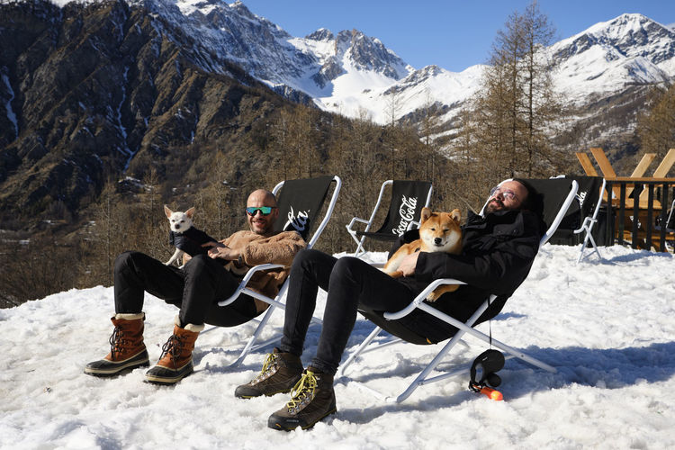 Bardonecchia - March 2019 Winter Nature Leisure Activity Cold Temperature Outdoors Bardonecchia Melezet Snow Skiing Snowboarding Mountain Mountain Range Beauty In Nature Snowcapped Mountain Shiba Inu Chiwawa Dogs My Best Photo Streetwise Photography Exploring Fun