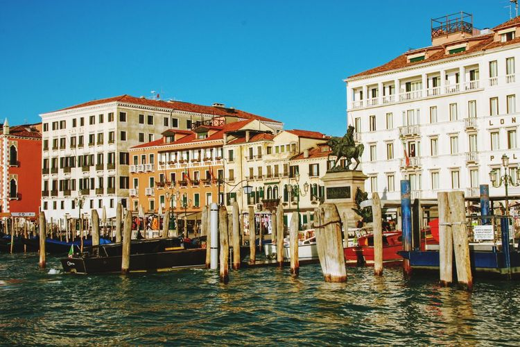Venice Travel Destinations Travel Sightseeing Sightseeing Spot Venice Italy Boat Italy Pier Old Buildings Sky Grand Canal - Venice Gondola - Traditional Boat Water Cultures Palace Architecture Building Exterior Sky Gondola Famous Place Old Town Canal Visiting