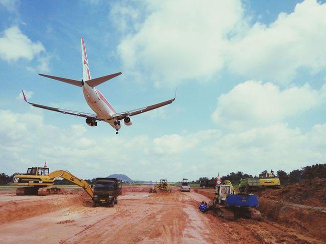 Working Airport Lampung, Indonesia Radin Inten Airport-lampung Runway Plane