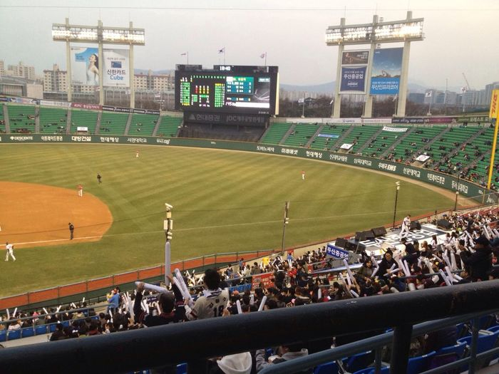 Baseball P.s 가고싶다 야구보러!! 지금이 제일 재밌는데!.