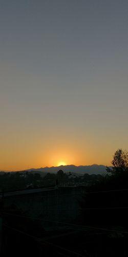 Foto Celular Astronomy Tree Sunset Space Silhouette Sky Landscape