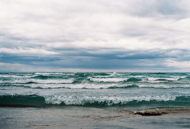35mm 35mm Film Analogue Photography Film Lake Ontario Prince Edward County Agfavista400 Analog Aquatic Sport Beach Beauty In Nature Canada Cloud - Sky Day Flowing Water Horizon Horizon Over Water Land Motion Nature Outdoors Scenics - Nature Sea Sky Sport Surfing Tranquility Water Wave