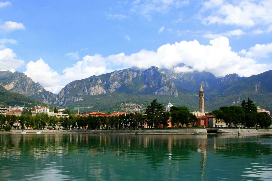Lake Lecco Lecco Lake Como Italy Water Reflection Mountains Church