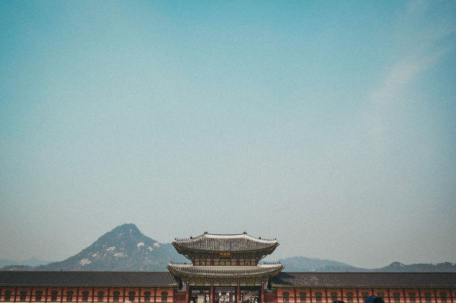 Gyeongbukgong Palace EyeEmNewHere Gyeongbokgung Palace Seoul South Korea Architecture Minimalist Day Sunny Travel Adventure Culture Water Sky Architecture Built Structure