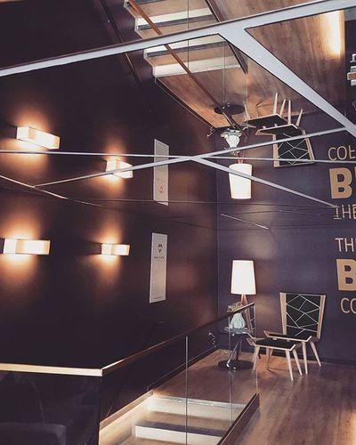 Nunca julguem um espelho no tecto. Nunca. / Never judge a mirror on the ceiling. Ever. Coffee Lounge by MariaVilhenaDesign @casaportodesignhouse CasaPorto2015