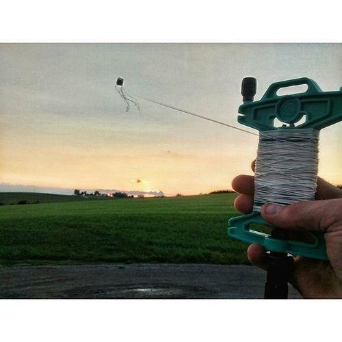 Kite other day....... Ks_pride Kansassunsets Kites Flykite Sunsets_oftheworld Worldssunset