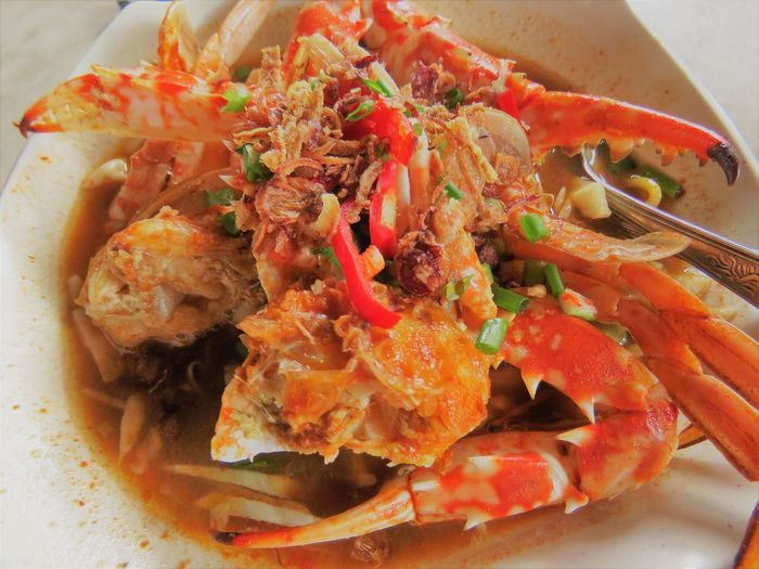 Crab Noodles Malaysian Food Perak, Malaysia Tomato Base Soup Crab Noodle Mee Ketam Malaysian Meal Food Food And Drink Ready-to-eat Freshness Indoors  Plate Seafood Close-up Still Life Healthy Eating Wellbeing No People Serving Size Tomato Meal Vegetable Crustacean High Angle View
