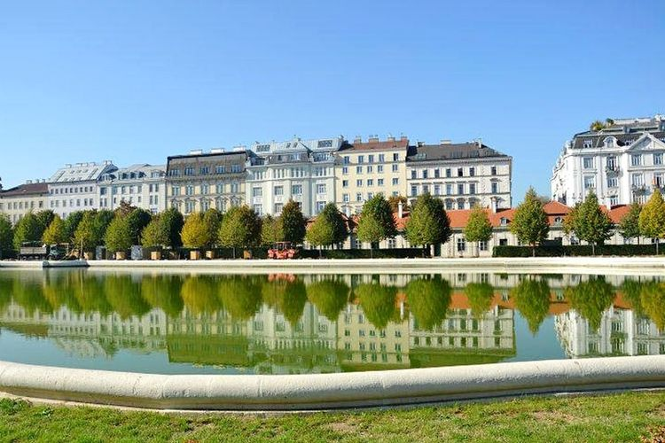 Vienna Lake Mirror Mirror Reflection Green Water Reflections Architecture
