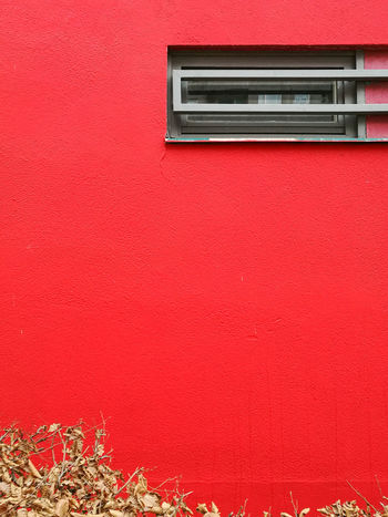 Justapartofsomething Architectural Detail Architectural Feature Architecture Architecture_collection Building Exterior Built Structure Cityescape Cityexplorer Huawei P9 Leica HuaweiP9 Minimal Minimalism Minimalist Minimalistic Minimalobsession No People Outdoors Red Simplicity Surfaces And Textures Urbanphotography