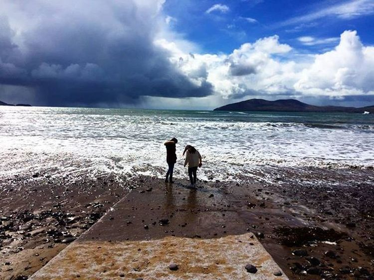 Beach, sweet beach Waterville Friends Sea Atlanticocean Wanderlust Travel Ringofkerry Cokerry Sky Pic Picture Instapic Instadaily Instacool Trip Instagramer Iger Igmaster Like Tagsforlike Like4like Discoveringireland Ireland Irish Huawei colors love lovely amazing