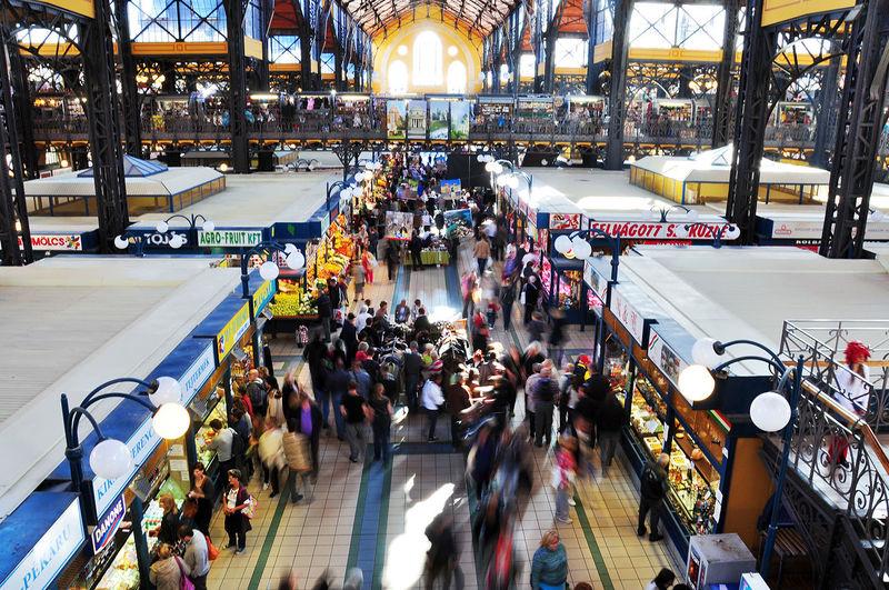 Budapest Foodmarket Crowds People