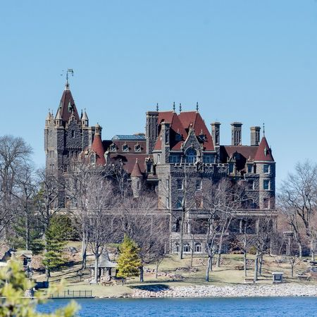 Castle Building Exterior Outdoors Architecture History No People Day Vanettencohort Boldt Castle from afar