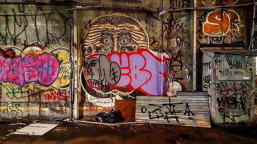 Streetart Vs Graffiti Photo by @Epok_Artography Www.Epokartography.com Streetartphotography Nystreetart StreetArtNYC Nygraffiti Graffitibombing Graffititag Graffitinyc Graffitiphotographer UrbanART Woosterstreet Soho NYC Newyorkcity Art Tagging Tag Tagart Abandonedlot Lifeisart Artbombing ArtIsNotaCrime Tagcity