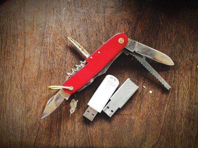 Jackknife Thumbdrive Indoors  Screen Saver Low Angle View EyeEm Gallery Key Holder