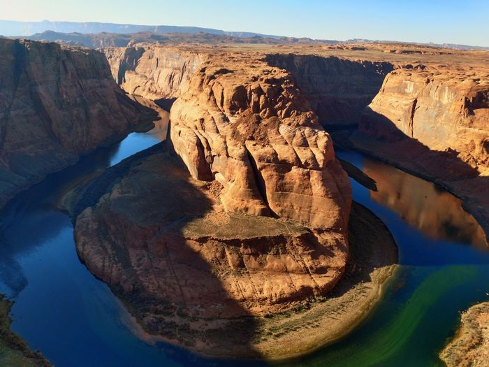 Horseshoe Bend Horseshoe Bend Colorado River Water Desert Rock Hoodoo Arid Climate Sand Cliff Rock - Object The Natural World Wilderness Extreme Terrain Sandstone Canyon Physical Geography Rugged Natural Landmark Geology Eroded Rock Formation